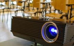 Как выбрать мультимедиа проектор